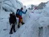 Günther und Gerfried am Weg durch den Gletscher auf 5300m