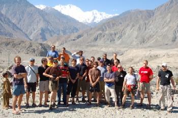 Das beinahe idente Team 2007 bei der Anreise zum Broad Peak