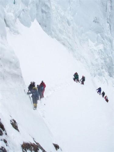 Nach der Bottleneck Traverse (8300m) mussten die Bergsteiger umkehren