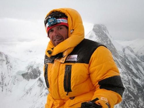 Gerfried am K2. Anstieg bei widrigen Bedingungen.